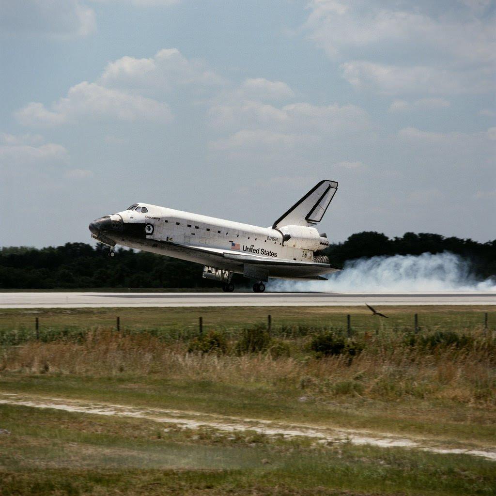 Jun12-1998-STS91landing
