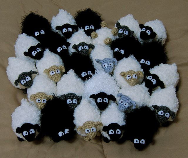 Mini Sheep by Brenna Eaves free crochet pattern on Ravelry at http://www.ravelry.com/patterns/library/mini-sheep