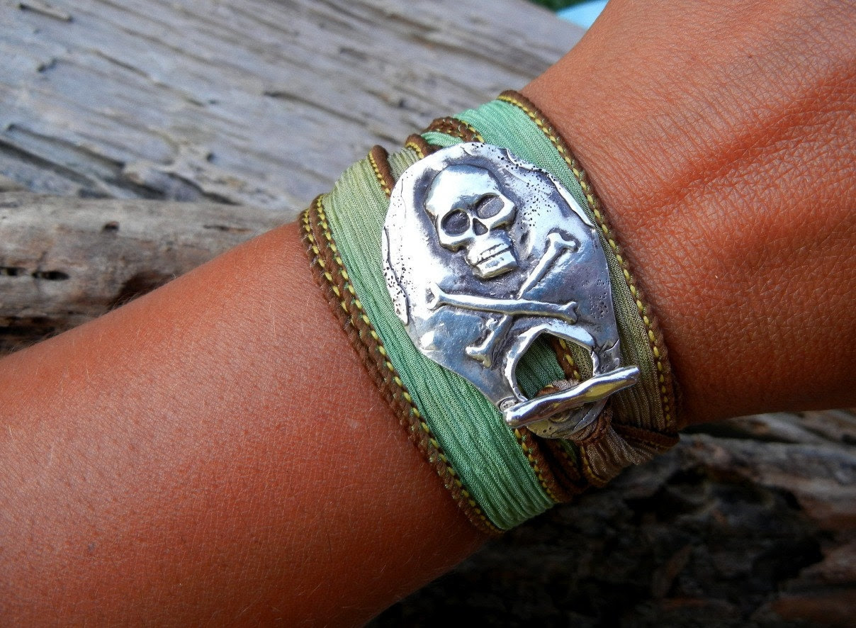 Pirate Jewelry, Hand Dyed Silk Ribbon Bracelet, Yoga Style Adjustable Wrist Wrap, Jolly Roger Flag Artisan Pure Silver Toggle Clasp - HappyGoLicky