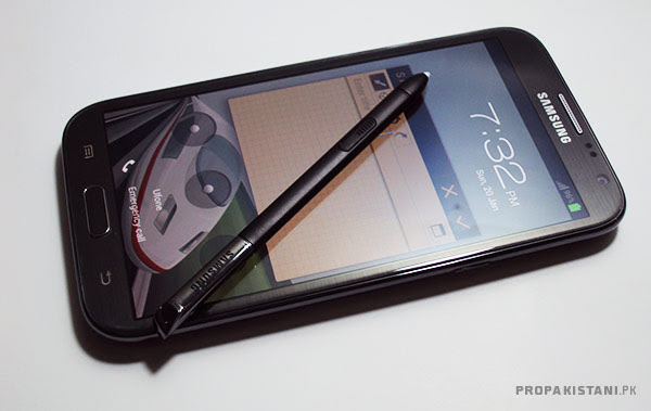 2 Samsung Galaxy Note 2   A Gigantic Beast [Review]