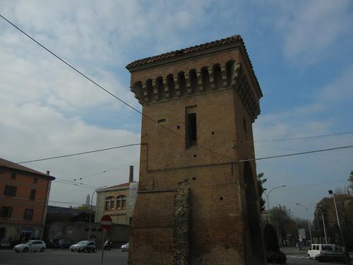 DSCN4629 _ Old city gate Porta Castigione, Bologna, 18 October
