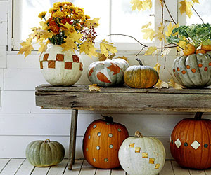 bench with pumpkins
