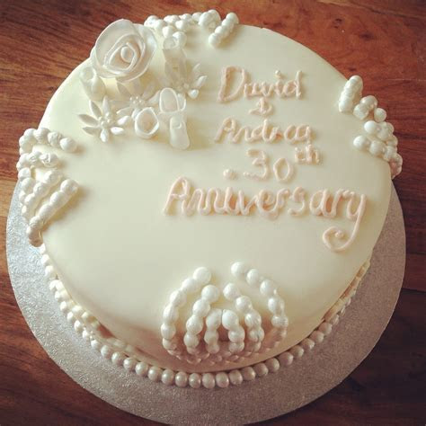 Pearl wedding anniversary cake   wedding cake   30th
