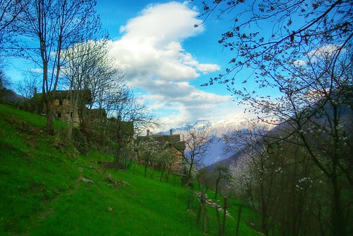 Aria di #primavera sui prati di Zonca by Ylbert Durishti
