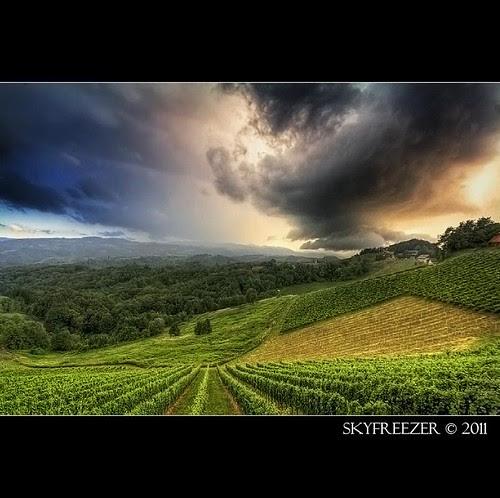 Thunderstorm by skyfreezer