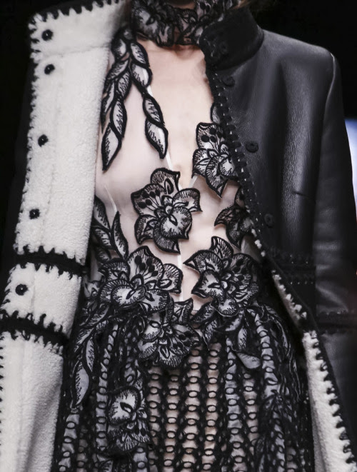 highfashionporn:Alberta Ferretti Fall 2015