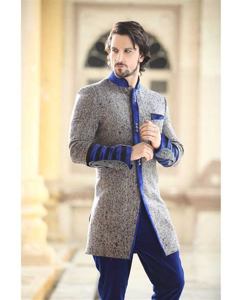 What makes Sherwani the most Admirable Indian Wedding