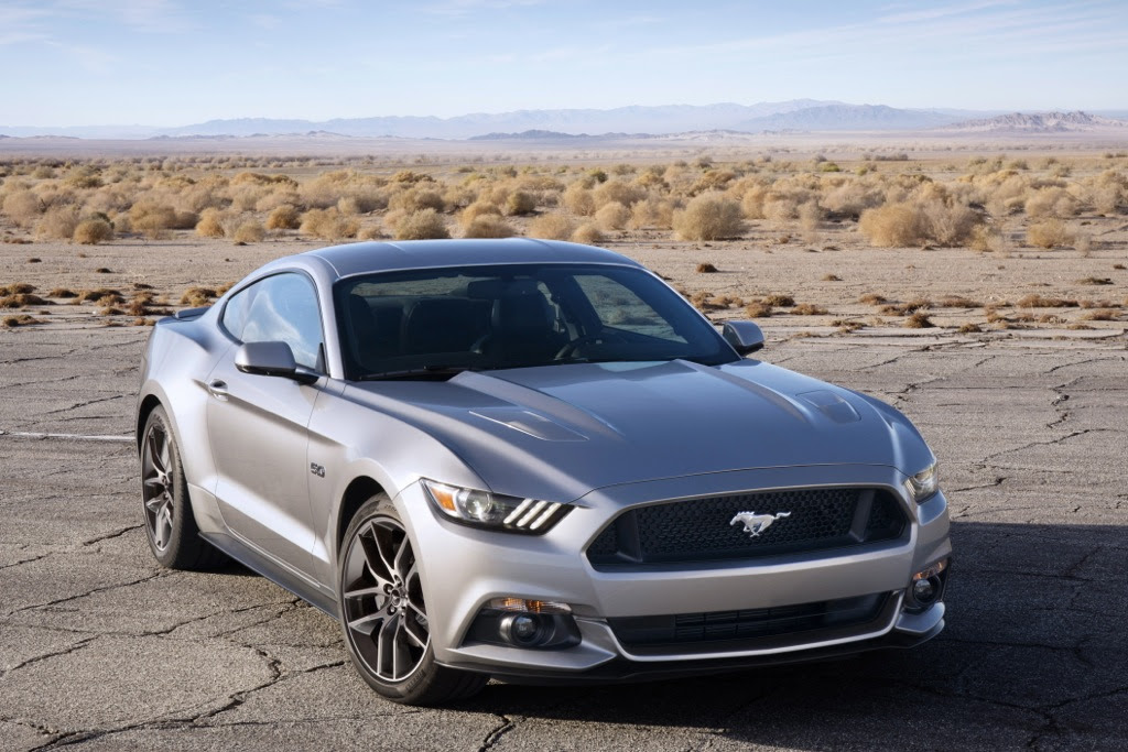 2014 vs 2015 ford mustang what 39 s the difference autos. Black Bedroom Furniture Sets. Home Design Ideas