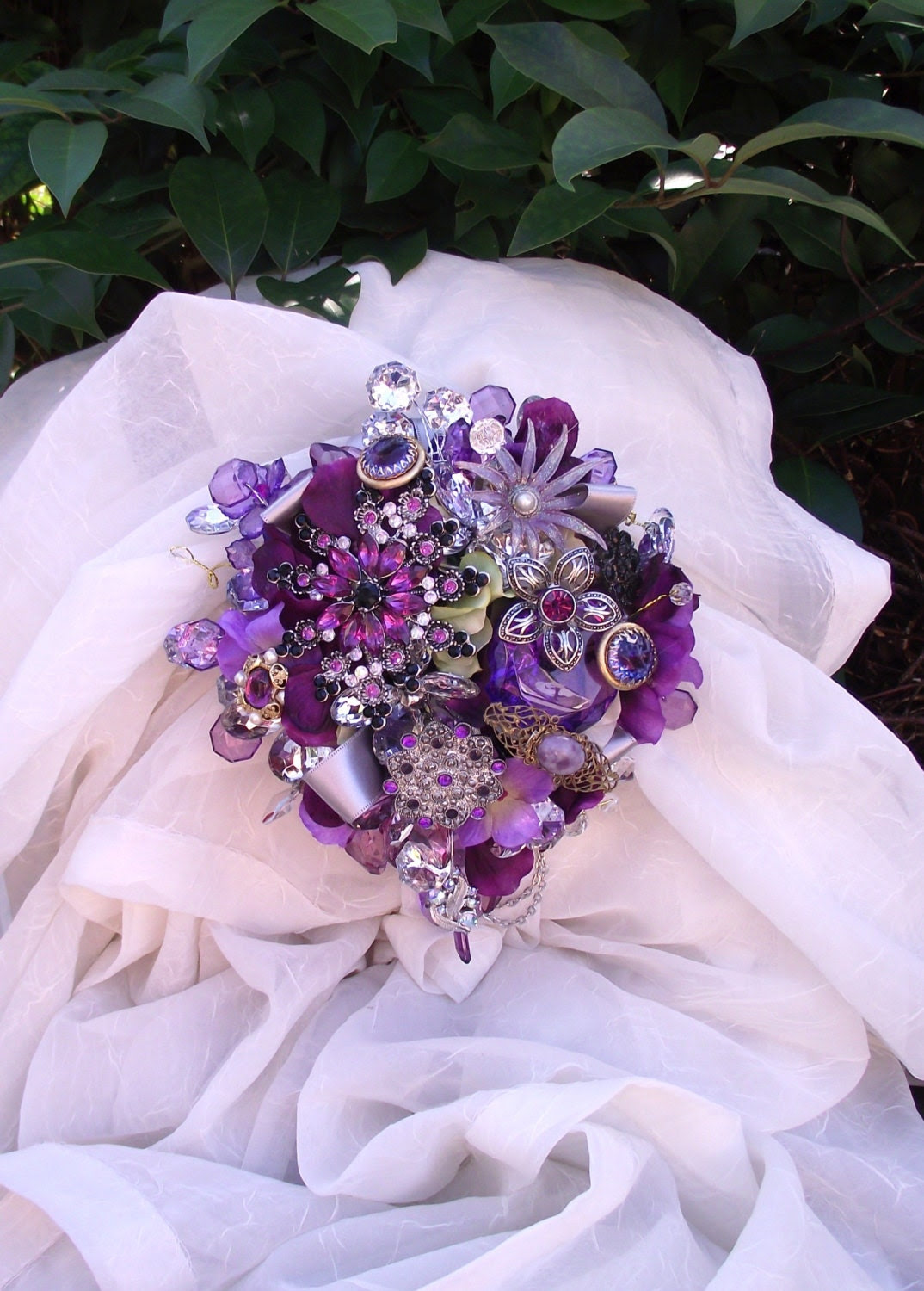 Alison Moser Custom Order: Sangria purple brooch bouquet, with attendants, sangria wedding package