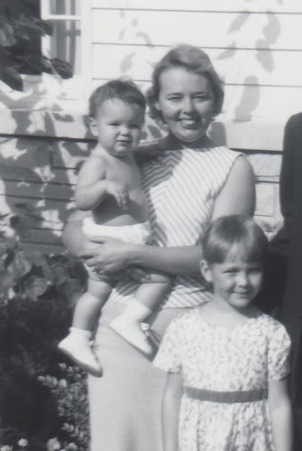 Holly, Suzi, & Lisa 1964