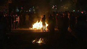 Turchia, terza notte di scontri e arresti