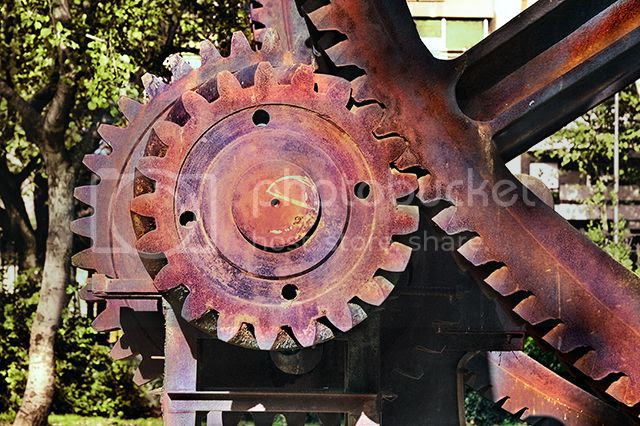 Cogwheel in sculpture by Antoni Clave, Parc de la Ciutadella, Barcelona, Spain [enlarge]