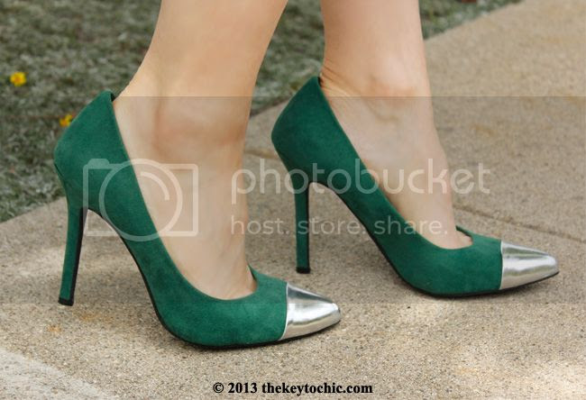 Mossimo green Viveca blingy cap toe heels pumps