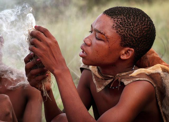 usx VxJDXcn0clAghSQ3AebMHY7HC7KxWwvXHKJpFV5QxPK5 YBLkS5eKIdLdiYRZRNOR G0 5LkzOALjB06jl2PtAtCJWAgrm00ptbl6aHjHtnMoNlOYaRjTKw=s0 d San Bushmen People, The World Most Ancient Race People In Africa