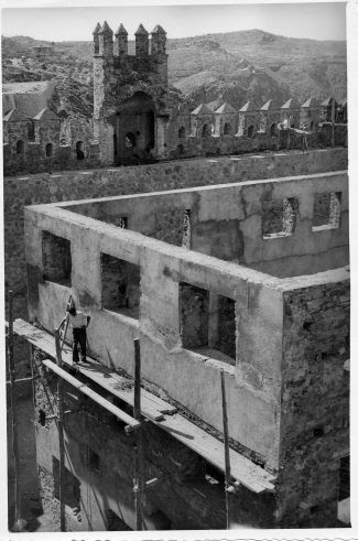 Restauración del Castillo de San Servando © Fondo Rodríguez. Archivo Histórico Provincial. JCCM. Signatura CMD2-097-3