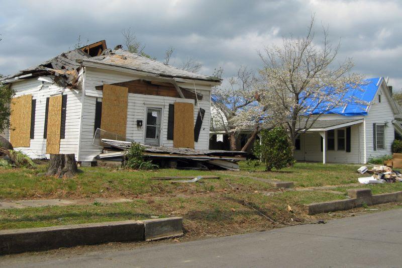 Mena Tornado 2009 42