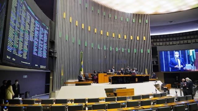 Veto de Bolsonaro adia decisão sobre Fundão e abre nova temporada de negociações