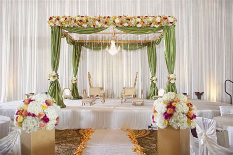 Indian Wedding Mandap Decoration With Flowers Ideas
