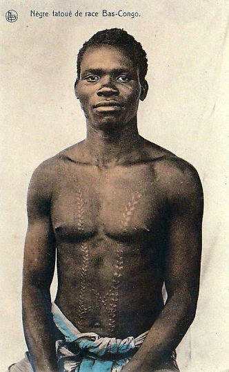 Africa | Bas man from Congo with scarification on his torso | Scanned vintage postcard