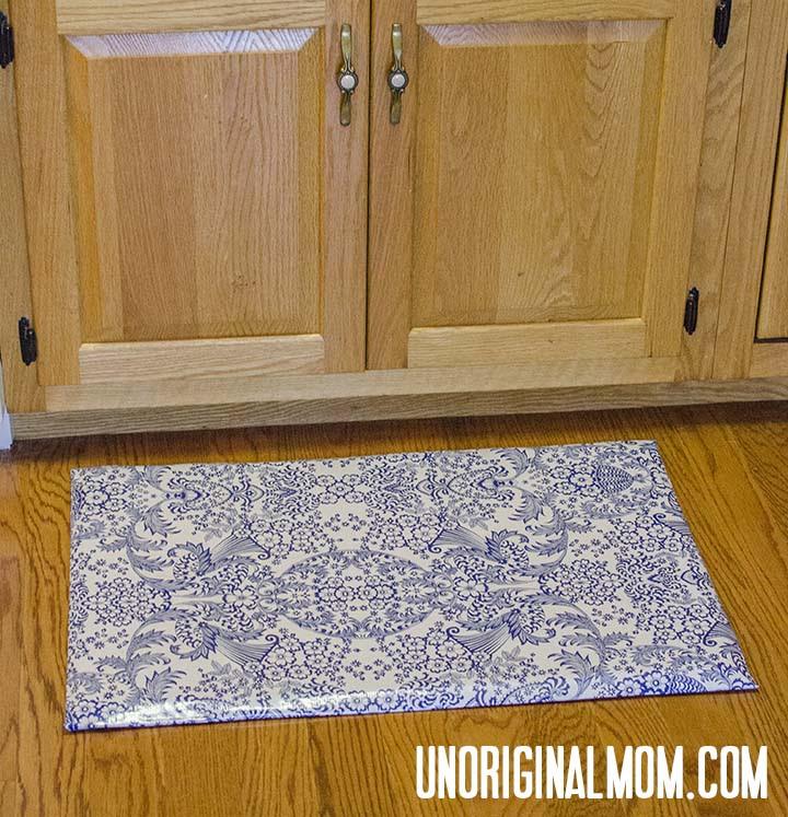 Recover a Kitchen Mat | unOriginalMom.com