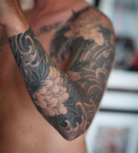 alle ziehen ziehen asian tattoo sleeve flower