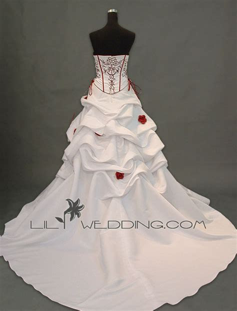 How much does your wedding dress cost you?   Page: 4