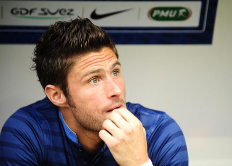 Giroud Ready to die on Pitch.