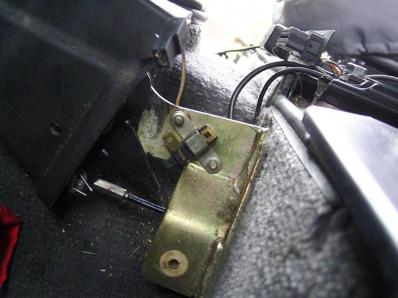 Macht unter der Haube: Handbremse kaputt trotzdem fahren