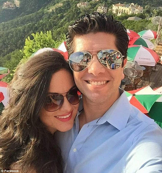 Hatcher, a successful dentist, had recently begun a relationship with Delgado's ex Ricardo Paniagua