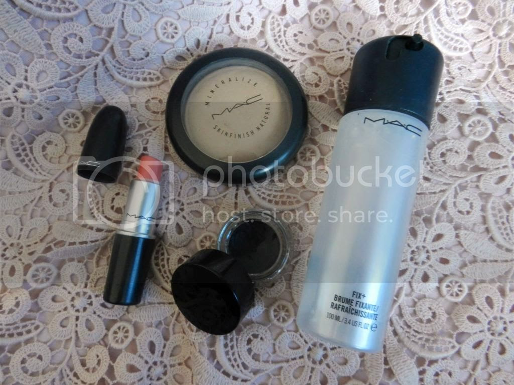 MAC Cut a Caper, Illamasqua Precision Gel Liner Infinity, MAC fix+, MAC Skinfinish Natural