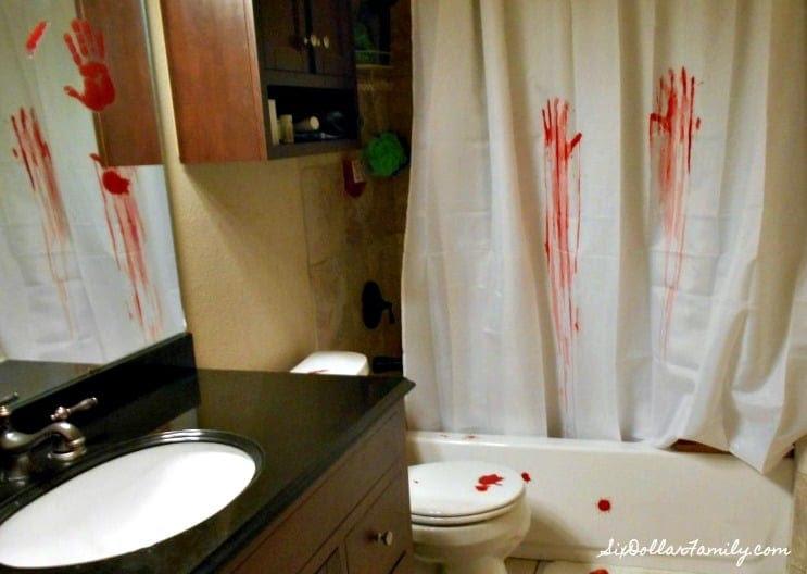 Creepy Halloween Decorations - Serial Killer Bathroom ...
