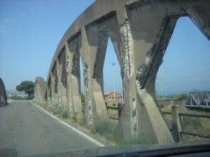 Ponte di trebisacce 300x225 Antonio Lento (Partito del Sud) sul Ponte pericolante sulla SS 106 a Villapiana