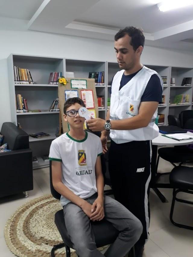 Estudantes da rede municipal recebem exames de vista gratuito nas escolas de Caruaru   Prefeitura Municipal de Caruaru
