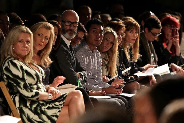 The front row look on during a showing of the Carla Zampatti Spring Summer collection in Sydney.