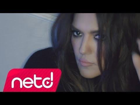 Emrah Karaduman ft. Demet Akalın Ses Kes Şarkı Sözleri
