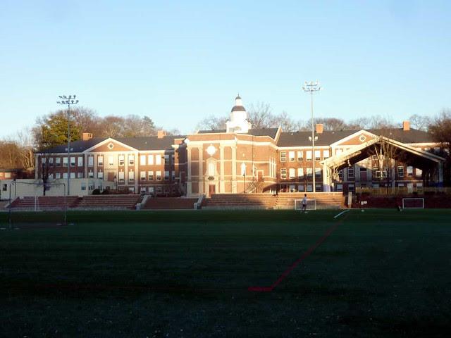 P1070419-2011-01-29-North-Fulton-High-School-Shutze-West-Facade
