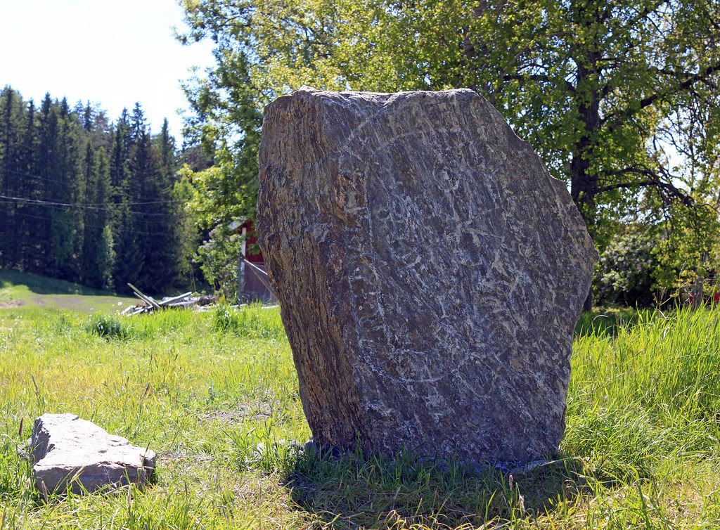The Småhamra Runestone
