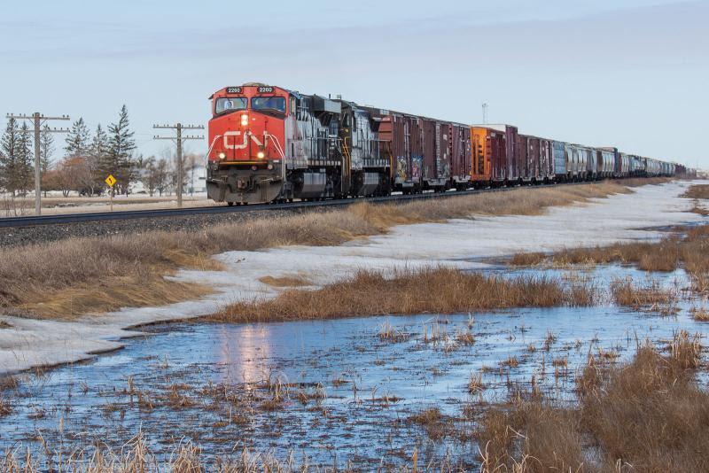 CN 2260 outside Winnipeg