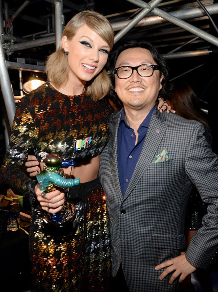 Taylor Swift and Joseph Kahn