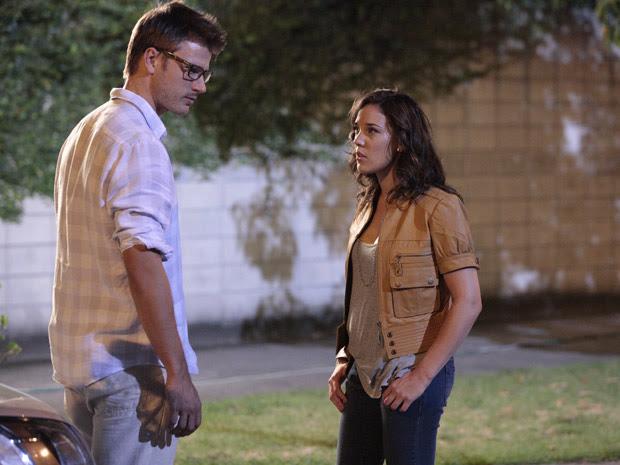 Patrícia termina o romance com Alexandre (Foto: Fina Estampa/TV Globo)