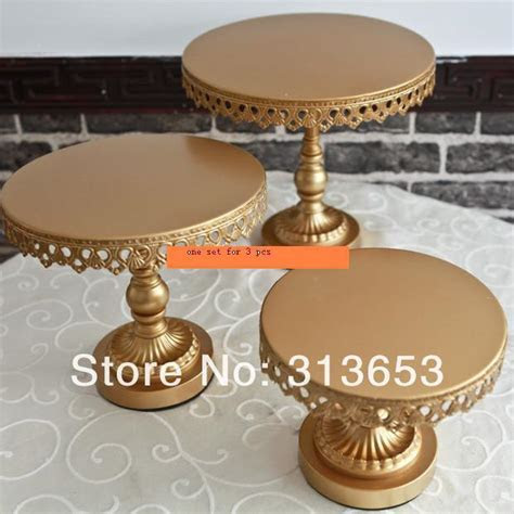 new arrival luxury antique gold metal cake plate stand
