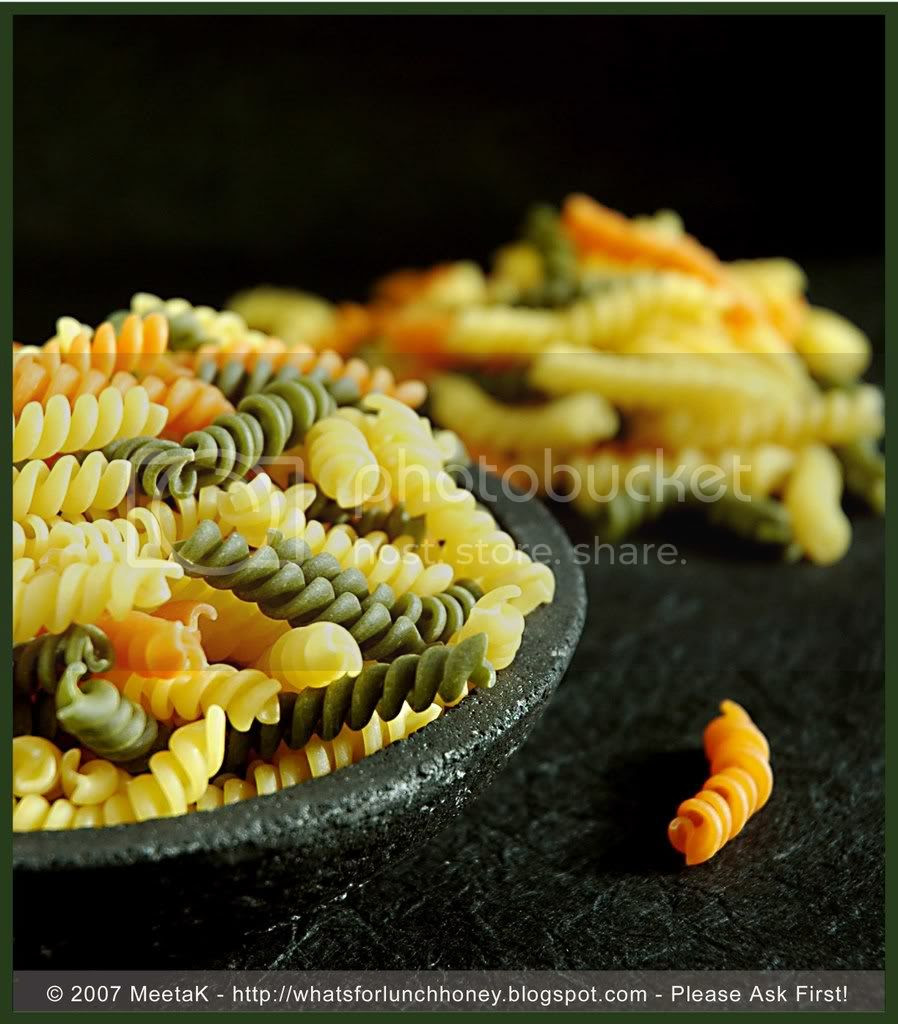 Pasta Tricolore (01) by MeetaK