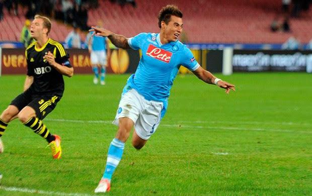 Vargas comemora gol pelo Napoli (Foto: Divulgação/Napoli)