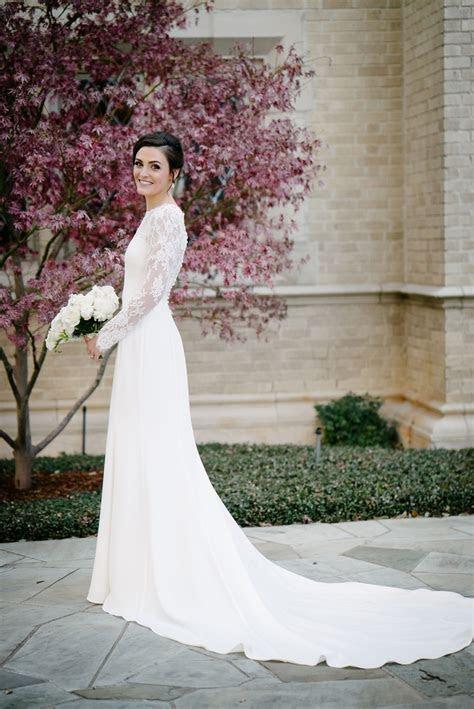 Wedding Dresses Photos   Long Sleeve NYE Wedding Dress