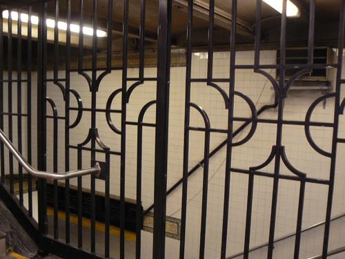 grilles de métro.jpg