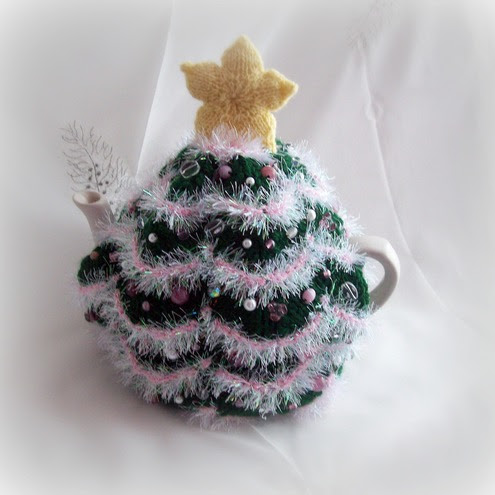 :: Buy quot;Christmas Tree Tea Cosy with pink glass bead decorations