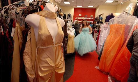 Some more info about Palisades Mall Prom Dress Stores