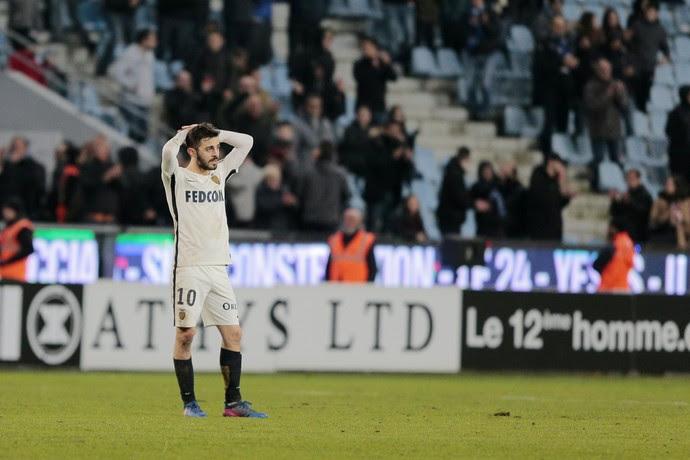 Bernardo Silva, Bastia x Monaco (Foto: PASCAL POCHARD-CASABIANCA / AFP)