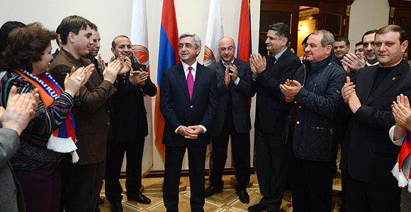 http://armenianow.com/sites/default/files/img/imagecache/600x400/serzh-sargsyan-elections2013-win.jpg
