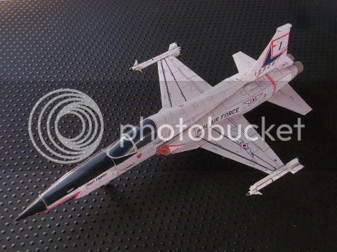 photo f5a.aircraft.asahi.paper.model.001_zpssvhuqwfx.jpg